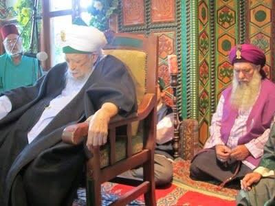 Sultanul Awliya Mawlana Shaykh Nazim Al-Haqqani (Q.S) and Shaykh Abdul Kerim Al-Kibrisi (Q.S)